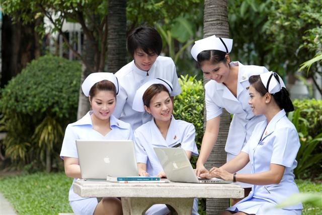 ผลการใช้เอกสารประกอบการสอน   วิชาการสื่อสารข้อมูลและระบบเครือข่า
