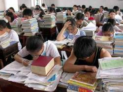 """การศึกษาไทยลง """"เหว"""" เพราะหลักสูตร """"เลว"""" รังแกเด็ก ตอนที่ 1 : กว่าจะรู้จัก(ตัวตน)ก็สายเสียแล้ว!"""