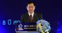 """""""พงศ์เทพ""""ยอมรับผลวิจัยต่างชาติหลายครั้งชี้การศึกษาไทยอ่อนรั้งท้ายอาเซียน"""