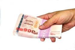 แนวโน้มการขึ้นเงินเดือน-จ่ายโบนัสปี 2557