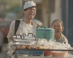 """น้ำตาไหล! ใครยังไม่ได้ดู ต้องรีบนะ """"Unsung Hero"""" โฆษณาไทยประกันชีวิต 2557"""