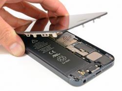 แอปเปิล เสนอเปลี่ยนแบตฯ iPhone 5 ฟรี แก้ปัญหาแบตเสื่อม