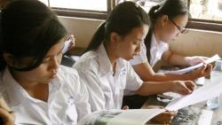 นักเรียนกัมพูชาสอบตกชั้นมัธยมปลายเกินครึ่ง หลังทางการปฏิรูประบบการศึกษาและกวาดล้างการโกงสอบ